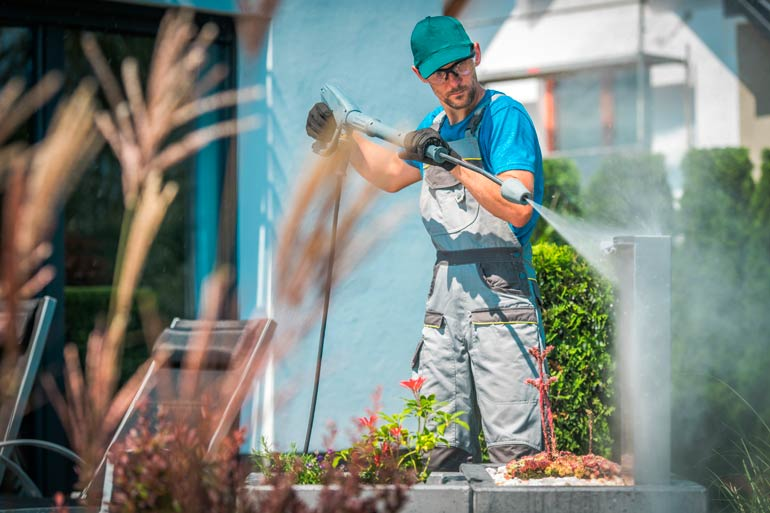 Sunshine cleaning and janitorial services pressure washing